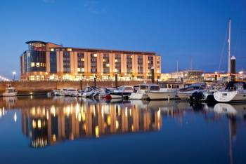 Ansicht Radisson BLU Waterfront Hotel, Jersey