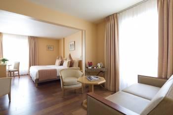 Ansicht Hôtel Mercure Cannes Croisette Beach