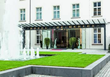 Innenhof Derag Livinghotel De Medici