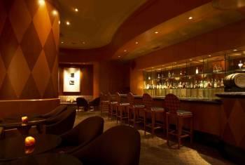 Captain's Bar at Hilton Tokyo Odaiba