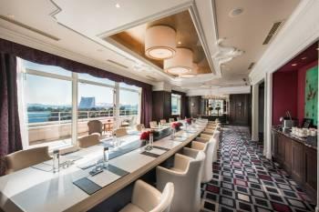 Rose Meeting Room at Hilton Tokyo Odaiba