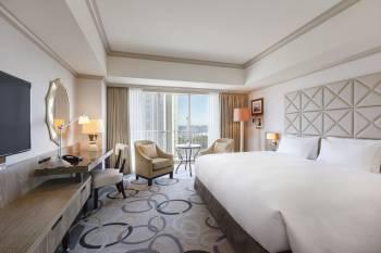 King Hilton Guest Room at Hilton Tokyo Odaiba