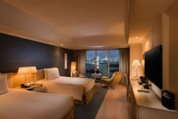 Twin Premium Executive Guest Room at Hilton Tokyo Odaiba