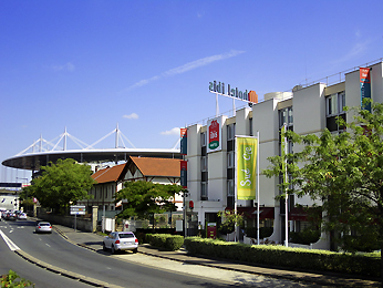 ibis Saint Denis Stade Ouest