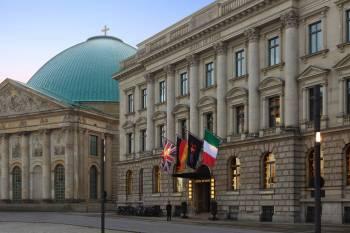 Hotel de Rome - Exterior