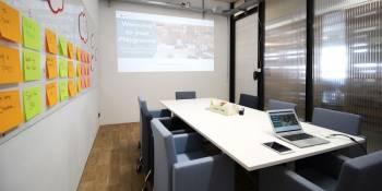 kleiner Meetingraum für bis zu 10 Personen