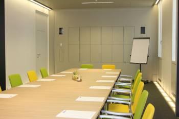 Moderner Besprechungsraum im 8. Bezirk