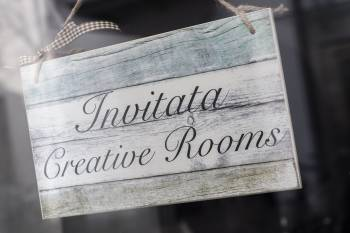 Invitata - Creative Rooms