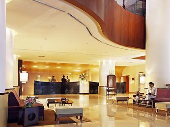 Grand Mercure Roxy Singapore - Hotel Lobby