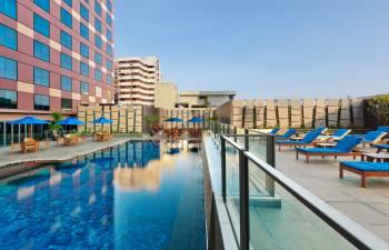 Grand Mercure Roxy Singapore - Swimming Pool