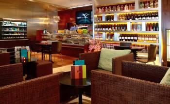 Grand Mercure Roxy Singapore - WAVE cafe.wine bar