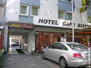 Hotel Einfahrt