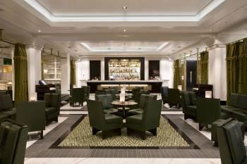 Zinc bar & lounge